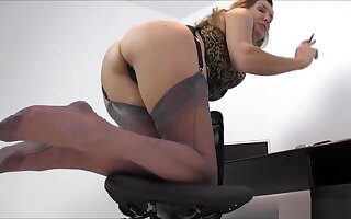 Nylon Jane Feet Worship